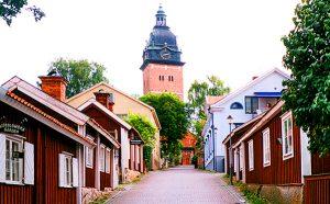 Strängnäs 10 minutes from Låsta